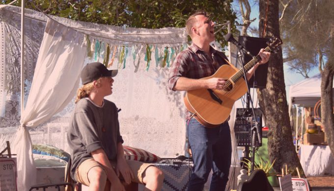 buskers-by-the-creek